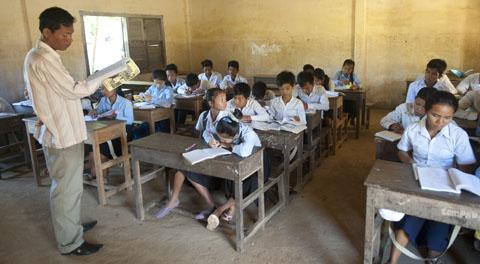 Khmer-les voor Cambodjaanse leerlingen.
