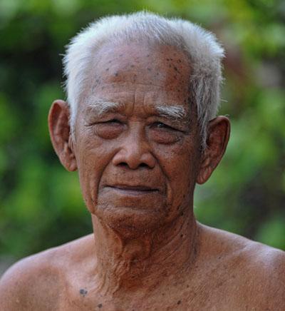 Buurman, zevenentachtig jaar oud.